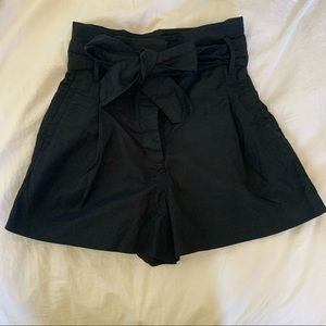 Aritzia Wilfred Black Marne Shorts